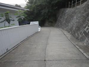 横堀海岸 入り口